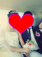 Продам шикарное пышное свадебное платье с бантом и брощью Swarovski